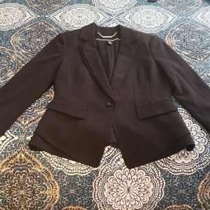 Gorgeous WHITE HOUSE BLACK MARKET BLAZER